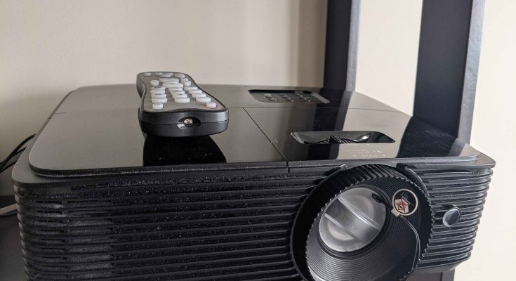 Why Projector Lamps Are So Expensive?